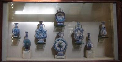 Display of Jaipur Blue pottery, Albert Hall Museum, Jaipur.